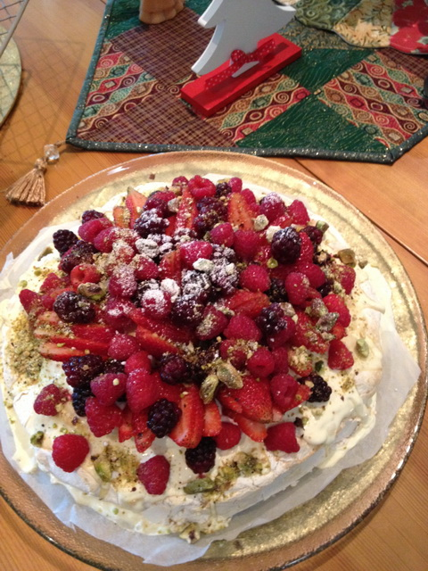 Christmas pavlova closeup cropped
